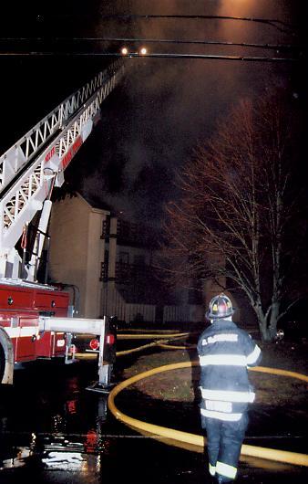 Hyannis 4th Alarm Cape Crossroads Condominiums 800 Bearses